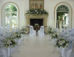 Northbrook Park Ceremony Room. wedding florist