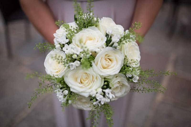 hampshire weddings at Cain Manor, Brides Rose Bouquet