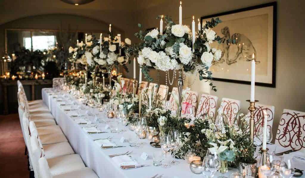winter white tablescape