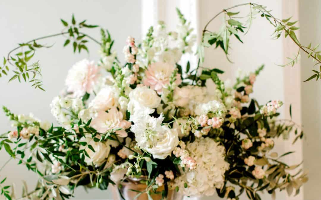 Hampshire Wedding Florist – 5 Easy steps to book your wedding flowers in Hampshire, Surrey and West-Sussex even during a pandemic.