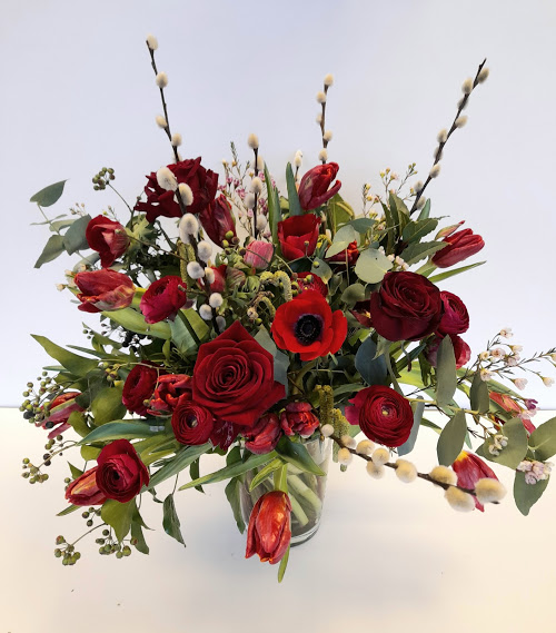 Valentines flowers, a romantic red fresh flower bouquet